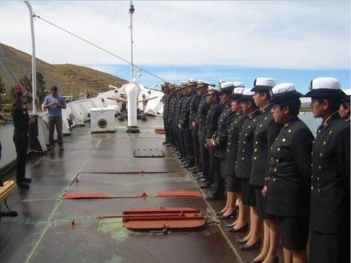 Visita de cadetes de la Escuela Naval Militar de Bolivia